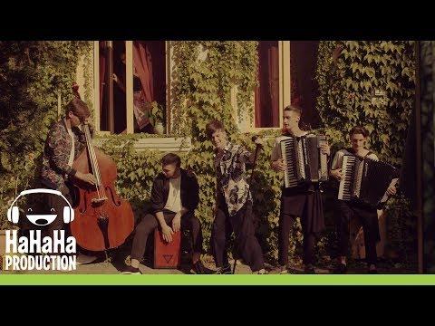 7 Klase - Fata care nu ma lasa (Official video)