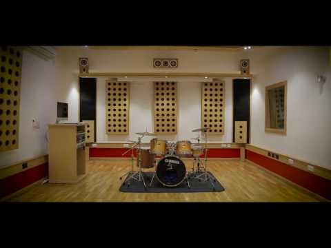Study Sound Production at New College Lanarkshire