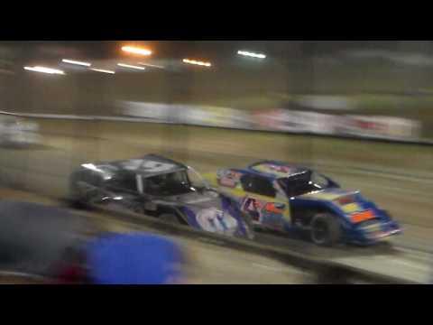 Modified Heat 6 @ Marshalltown Speedway 04/07/17