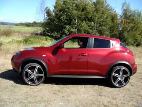 "Nissan Juke 2011 With 20"" Wheels and 245/30/20 Tires - YouTube"