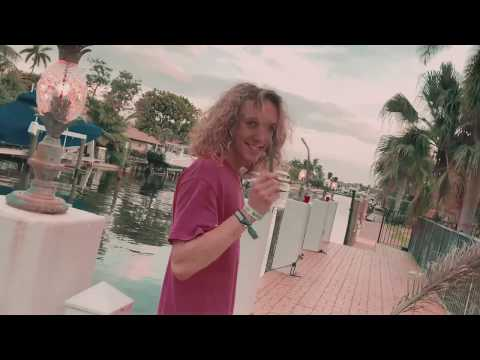 Felly - Miami (Official Music Video)