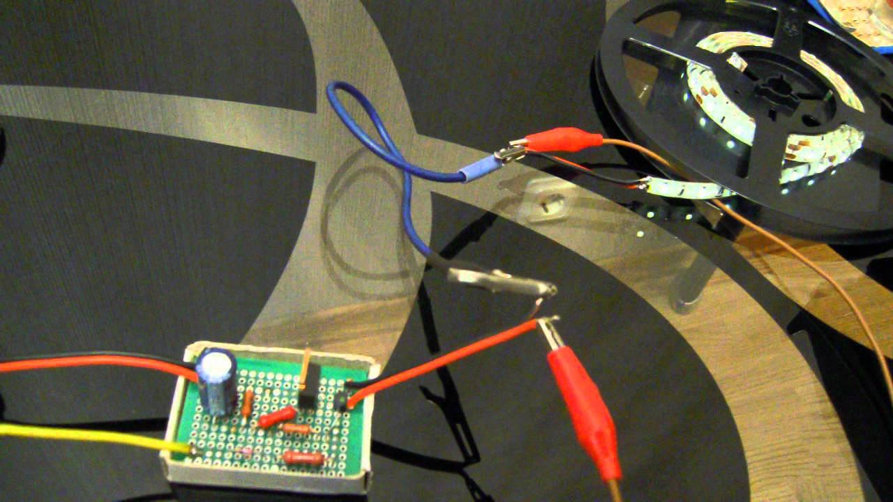 схема на плавное выключение светодиодов