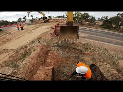 Civil Construction - Pipelaying 2100RCP Timelapse