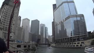 シカゴの街並みです。 ノースミシガンアベニューの橋です。