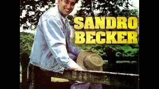 Sandro Becker - A Velha Debaixo da Cama