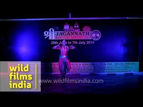 Bharatnatyam dance perform during 47th Jagannath Rath Yatra Mahotsav - Delhi