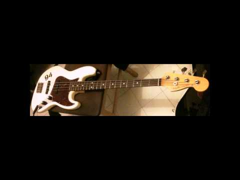 Bass Comparison: Musicman Stingray VS Fender Jazz USA