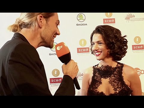 "DAVID GARRETT:  ""Backstage-Interview mit Khatia Buniatishvili"""