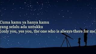 Gambar cover Di Antara Bintang by Hello with lyric and English Translation