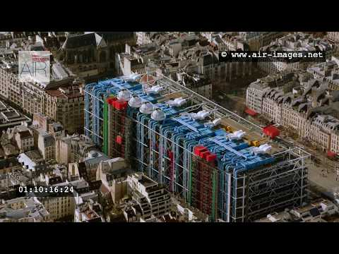 Aerial Footage Paris The islands  / District of St-Michel / Beaubourg / University UPMC
