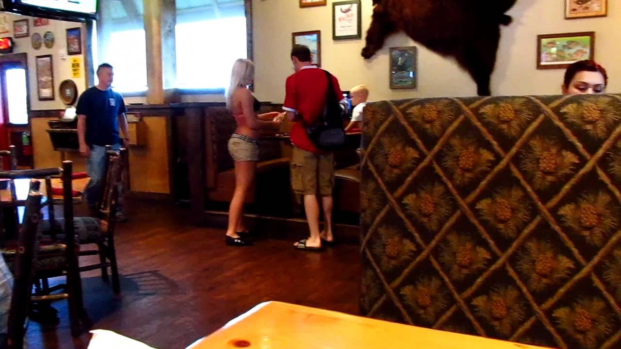 Twin Peaks Restaurant 2