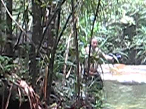 Em gái Đàm Vĩnh Hưng với chồng là người Pháp cùng tắm tiên tại suối trên đảo Phú Quốc