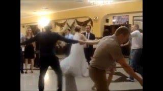 Самые весёлые и прикольные моменты свадеб. Жених и невеста зажигают!!!