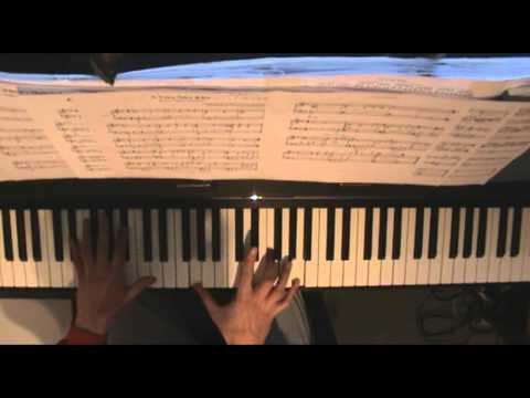 The Tourist Soundtrack - A Very Nice Kiss - Piano