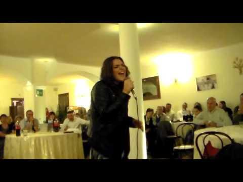 Clarissa Nicoletto Canta Flashlight di Jessi J a Villa Carpe Diem