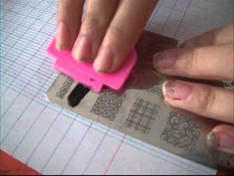 tuto tampon pour ongle style dentel youtube. Black Bedroom Furniture Sets. Home Design Ideas