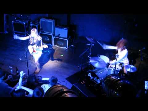 Deap Vally @ Brighton Haunt 2013 - Gonna Make My Own Money