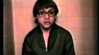 One On One FAN VIDEO 1985 Hall and Oates music video --(Weird Paul)