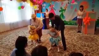 Танець ляльок в дитячому саду. Супер, класно, умнички!!!