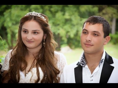 Цыганская свадьба. Танцы и веселье. Слава и Роза-1 серия