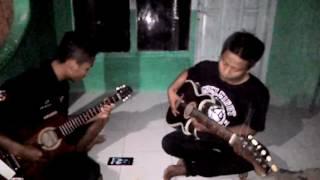 Chord gitar aku kau dan kenangan