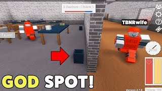 FUNNY SECRET ROBLOX HIDE & SEEK SPOTS! *THEY NEVER FOUND ME!*