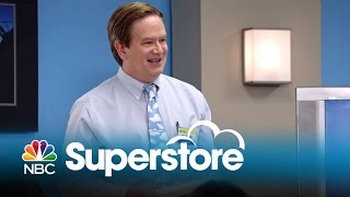 Superstore - Training Video: Glenn's Bad Idea (Digital Exclusive)