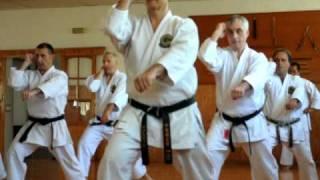 clase avanzada de Karate Goju Ryu, kata sanseru