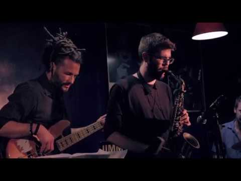 "Mosaic ""Yellowjackets"" (VICTOR JIMENEZ & FRIENDS 2 Live At Jimmy Glass Jazz Bar)"