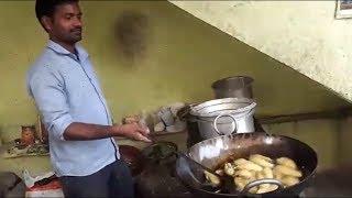 Best Hyderabad STREET FOOD Ever | Indian Popular Street Food | Mirchi Bajji Recipe|MINI VILLAGE FOOD