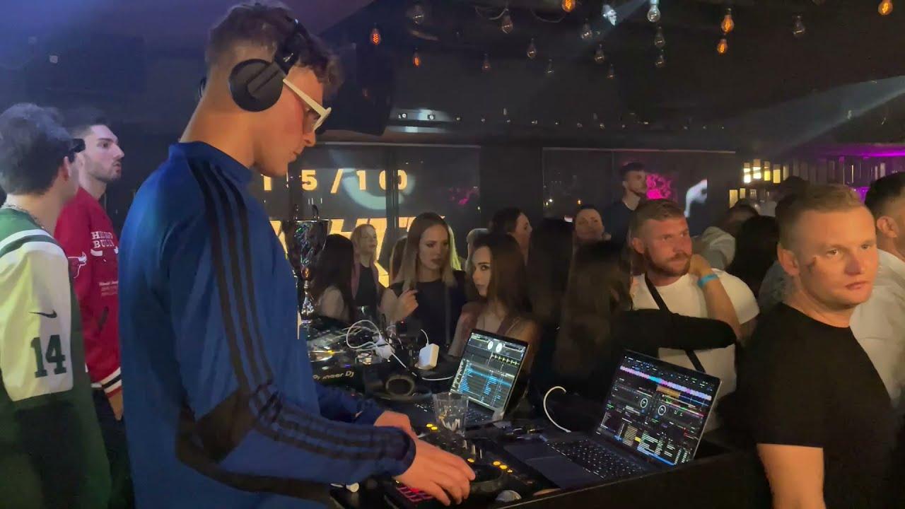 IN DA CLUB DJ MIX