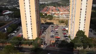 Ataque 20-02-2014 GNB resguardando malandros vs. civiles en Barquisimeto, Venezuela