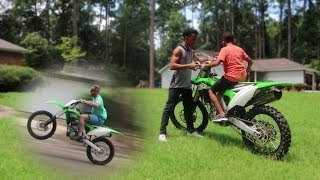 11 Year Old Rides KX250f + Wheelies!!