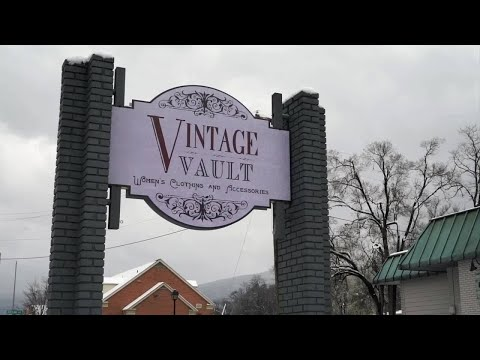 In Style: Vintage Vault Boutique turned an old bank into something more fabulous