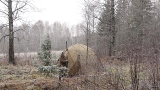 Поставили дом в лесу. Приготовили мясо ондатры на печи. Палатка МФП-4 ее тест в полевых условиях.