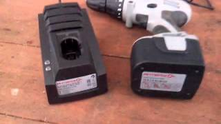 видео Шуруповерт зарядка. Ремонт зарядного устройства шуруповерта Интерскол 18 В. Своими руками.