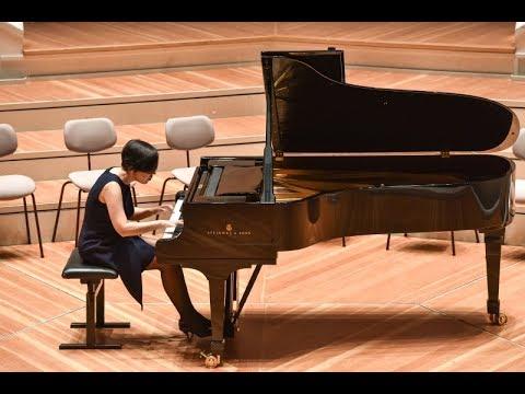 Liszt La Campanella Philharmonie Berlin live Caroline Fischer