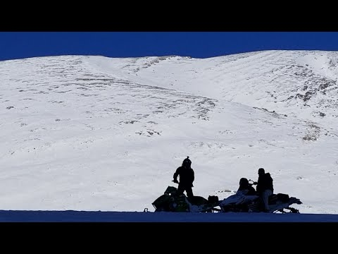 ALBERTA SLEDDING DEEP SNOW