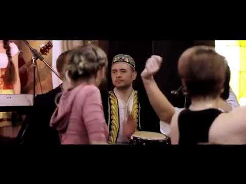 Смотреть клип The Liffey folk band -  Узбекская чечетка джем live 2017 онлайн бесплатно в качестве
