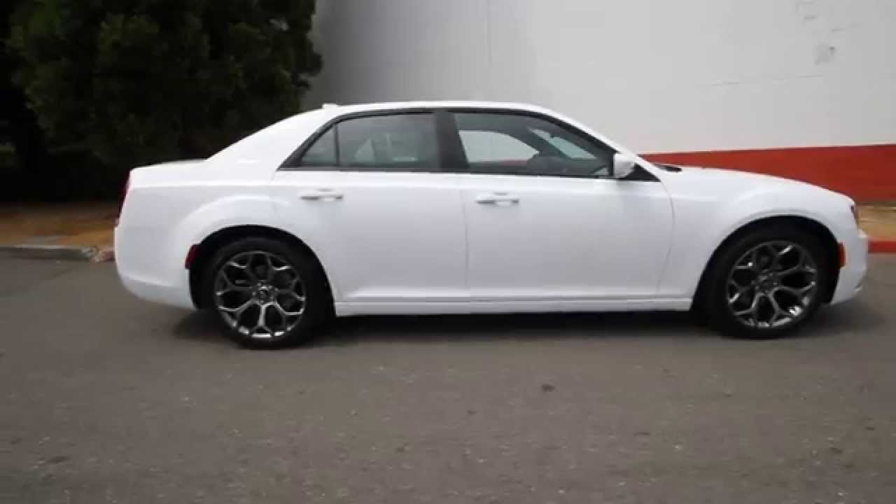 2015 chrysler 300 s white fh853583 redmond seattle. Black Bedroom Furniture Sets. Home Design Ideas