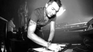 Play The Drums (vs. Nari & Milani feat. Capricorn) (Dms12 mix)