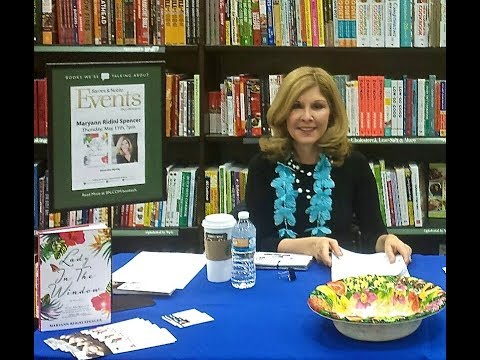 Maryann Ridini Spencer Author Book Event at Barnes and Noble, E. Northport, NY