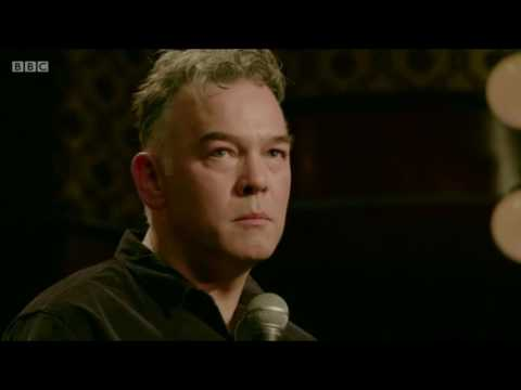 Stewart Lee playing the room as it's dealt
