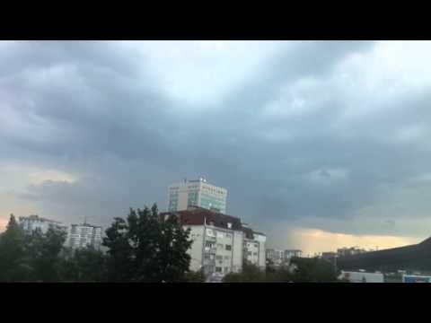 Slow motion lightning