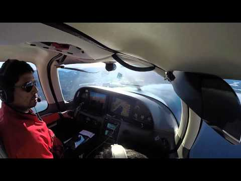 Approach and Landing into Lake Tahoe Airport (KTVL)