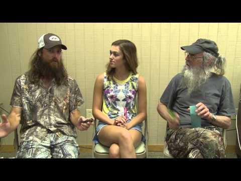 SADIE, SI AND JASE ROBERTSON PUT OUT THE DUCK CALL FOR CHARITY