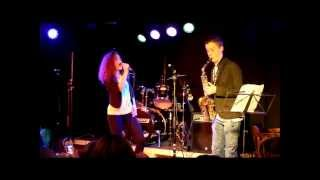 Download Sunday Morning - Maroon 5 cover ( Rosan Bouma and Pieter ) MP3 song and Music Video