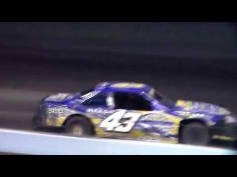 Stock Car Heat 1 @ Hancock County Speedway 08/10/17