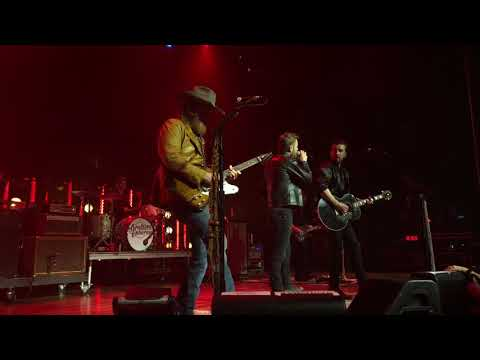 Brothers Osborne W/surprise Guest Dierks Bentley - Burning Man