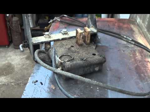EXAMINATION of the sweeper hydraulic lifter